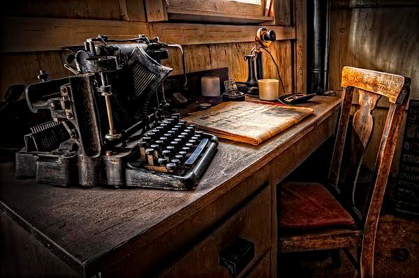 typewriter american poetry review